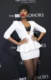 BET Awards, Woman dressed in white